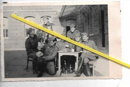A SITUER   SOLDATS ALLEMANDS   1940 ECOLE LYCEE SQUELETTE - Guerre 1939-45