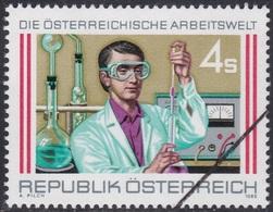 Specimen, Austria Sc1378 Industry, Lab Assistant, Industrie - Fabriken Und Industrien