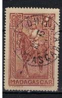 MADAGASCAR            N°  YVERT  184  ( 9 )    OBLITERE       ( OB  6/ 45 ) - Madagascar (1889-1960)