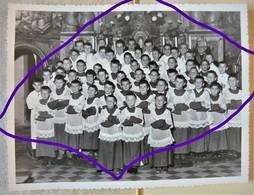 Ancienne Photo  Les Enfants De Cœur Ou Communiants à L'église De Champagnole - Jura 39 -grand Format 23 X 17 Cm  Ronget - Lieux