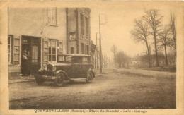 QUEVAUVILLERS PLACE DU MARCHE CAFE GARAGE AVEC VIEILLE AUTOMOBILE - Francia