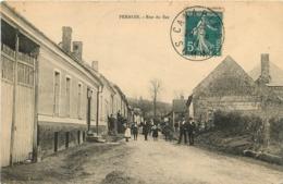 PERNOIS RUE DU BAS - Francia