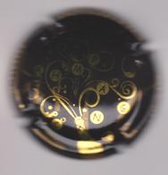 Capsule Champagne LORAIN Didier ( 1 ; Noir Et Or ) {S23-20} - Champagnerdeckel