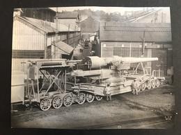 Photo 26 X 20 Cm Usine De St Chamond Obusier De 305 Sorti D'usine à Charge 1915/1916 - Guerre, Militaire
