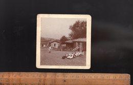 Photographie Photo : à La Ferme Basse Cour Fillette Nourrit Les Oies  C.1900 - Beroepen