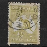 AUSTRALIA 1915 3d DIE II YELLOW-OLIVE SG 37d FINE USED Cat £55 - 1913-48 Kangaroos