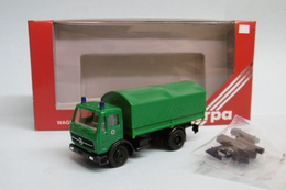 Herpa - Camion MERCEDES Baché Police Réf. 806024 HO 1/87 - Baanvoertuigen