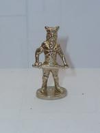 KINDER PETIT GUERRIER METAL - Metal Figurines