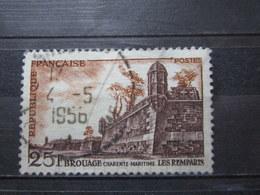 VEND BEAU TIMBRE DE FRANCE N° 1042 , CHIFFRES BLANCS !!! - Errors & Oddities