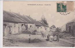52 TROISCHAMPS Grande Rue ,paysan Emmenant Son Cheval - Autres Communes