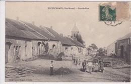 52 TROISCHAMPS Grande Rue ,paysan Emmenant Son Cheval - France