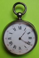 MONTRE GOUSSET En ARGENT - Vers 1900 - A 3 Couvercles - FONCTIONNE - Etat D'usage - Relojes De Bolsillo