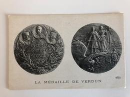 Ak Cp La Medaille De Verdun - Guerre 1914-18