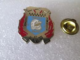 PIN'S   POMPIERS   AMICALE  REDON  Zamak  PICHARD - Firemen