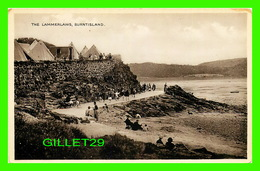 BURNTISLAND, SCOTLAND - THE LAMMERLAWS - ANIMATED WITH PEOPLES - - Fife