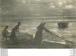 METIERS DE LA MER. Pêche De Nuit De La Crevette Grise 1929 à Saint-Jean-des-Monts - Visvangst