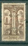 FRANCE - N° 302 Oblitéré - Cloître De St-Trophime à Arles. - Francia