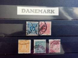 DANEMARK.1875 à 1907 .  Timbres JOURNEAUX Et De SERVICE. Côte Yvert 34 €. - Service