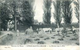 N°9229 -cpa Condé Sainte Libiaire -la Moisson Dans La Brie- - Cultures