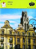 ARRAS - La Ville -  Photo Place Des Héros  - FICHE GEOGRAPHIQUE - Ed. Larousse-Laffont - Géographie