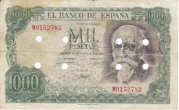 ¡FALSO DE EPOCA! BILLETE DE 1000 PTAS DEL AÑO 1971 CON TALADROS - DESMONETIZADO - [ 3] 1936-1975: Regime Van Franco