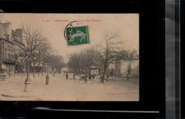 Carte Postale MOULINS Le Cours Du Theatre En L'état Sur Les Photos - Moulins