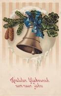 AK Glückwunsch Zum Neuen Jahre - Glocke Tannenzweig Klee - Reliefdruck (50472) - Nieuwjaar