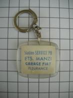 1027 Porte Clefs Garage  FIAT   Station BP   Ets MANZI Fleurance  32 Gers        Automobile - Key-rings