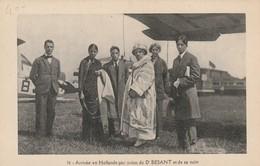 Arrivée En Hollande Par Avion Du Dr Besant Et De Sa Suite - Religions & Croyances