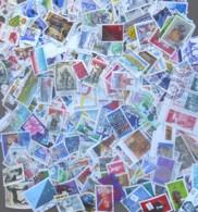 FRANCE - 1991/2000 - 225 Gr. De Timbres Oblitérés Décollés + Carnets Et Blocs - Très Beaux - Forte Cote - Stamps