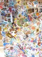 MONDE ENTIER - THEMATIQUES - Lot 280 Grammes Timbres Oblitérés Décollés (sans Papier) - Toutes époques - Stamps
