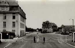 57-METZ...2eme REGIMENT DU GENIE...ENTREE...CPSM PETIT FORMAT ANIMEE - Kasernen