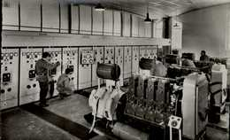 57-METZ...2eme REGIMENT DU GENIE...CENTRALE ELECTRIQUE ..CPSM PETIT FORMAT ANIMEE - Kasernen