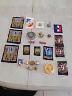 17363  MILITARIA LOT INSIGNES-DECORATIONS DIVERS CIVILS OU MILITAIRES - Medals