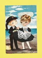 Carte Brodée Région Bretagne Enfants En Costume  De LORIENT  En Bord De Mer Signée Efsi  Carte écrite Ou Voyagée - Bretagne
