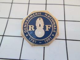 812D Pin's Pins / Beau Et Rare / THEME : MILITARIA / GENDARMERIE NATIONALE BICENTENAIRE - Militares
