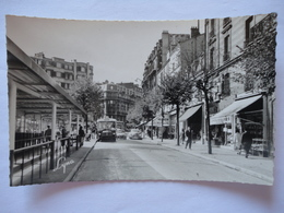 ISSY LES MOULINEAUX RUE DE LA REPUBLIQUE STATION DES BUS ET COMMERCES - Issy Les Moulineaux