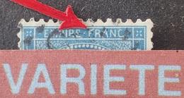 "R1917/375 - NAPOLEON III - N°22 - VARIETES ➤➤➤ "" F "" De "" FRANC "" Barré / Balafre Sur La Joue - 1862 Napoleon III"