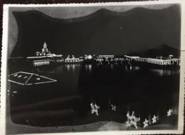Photo, Alger, Illumination - Illuminée ( De Nuit) , Format 10,5 X 8,5 Cms, ALGERIE, Années 50 ? - Africa