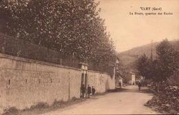 Gard, Clet, La Route, Quartier Des Ecoles       (bon Etat) - Francia