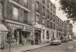 AULNAY-sous-BOIS 93  :  Voitures SIMCA  Place Camelinat -Librairie LEHOUX . Primistère Bijouterie , Blanchisserie ,café - Aulnay Sous Bois