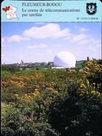 PLEUMEUR-BODOU  - Centre De Télécommunications Satellite   - Photo Le Radome - FICHE GEOGRAPHIQUE - Ed. Larousse-Laffont - Téléphonie