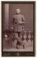 0422 CDV Photografie: Stadler, Aeschach Am Bodensee - Deutscher Soldat Mit Pickelhaube Uniform Militär - Guerre, Militaire