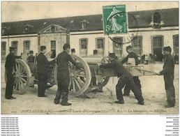 77 FONTAINEBLEAU. Militaires Artillerie Lourde De Campagne La Manoeuvre. Petit Pli Coin 1909 - Fontainebleau