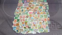 Lot De 2400 Timbre MONDE A Trier - Postzegels