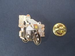 PIN'S (M2001) POLICE - MOTO (1 Vue) UPC - PVE - Polizia