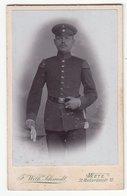 0438 CDV Photografie: F. Wilh. Schmidt, Metz - Junger Deutscher Soldat, Musikerschwalben - Guerre, Militaire