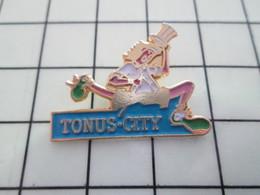 1120 Pin's Pins / Beau Et Rare / THEME : SPORTS / ATHLETISME TONUS-CITY - Athlétisme
