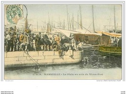 13.MARSEILLE.LA PECHE AU COIN DU VIEUX PORT - Vieux Port, Saint Victor, Le Panier
