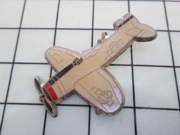 1120 Pin's Pins / Beau Et Rare / THEME : AVIATION / AVION P-47D THUNDERBOLT WINTER CAMO ? - Luftfahrt